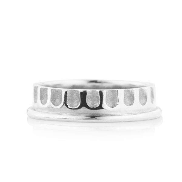 0011 Demi Fluted White Gold 1