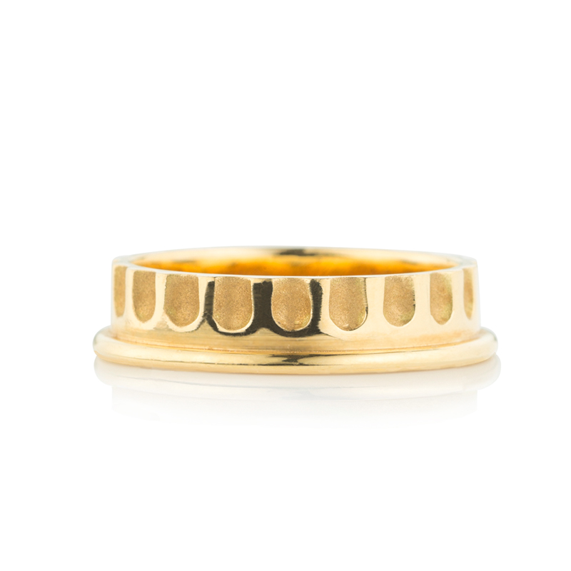 DEMI FLUTED YELLOW GOLD